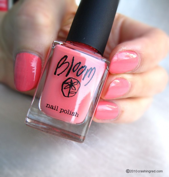 [تصویر:  Bloom-nail-polish-coral-colour-summer-ma...94x622.jpg]