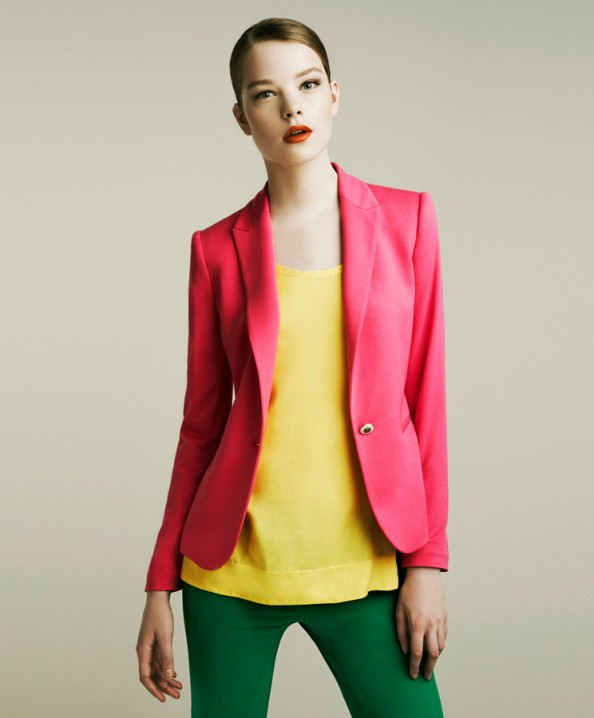 Zara, pink jacket, green jeans, color blocking, new fashion trend for 2011, fashion blog, Crashingred
