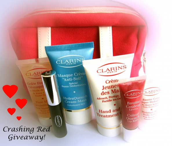 Crashingred, giveaway, Sydney fashion blog, Clarins makeup bag