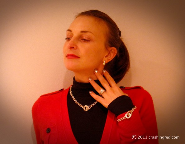 Maria Vlezko, Crashingred, Fashion blogger, Sydnye, silver, red and black , style ideas, Australia