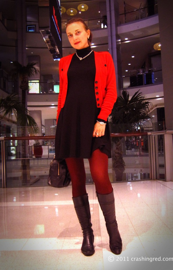 Red cardigan, black dress, red tights, style ideas, winter, casual look, outfit ideas for autumn