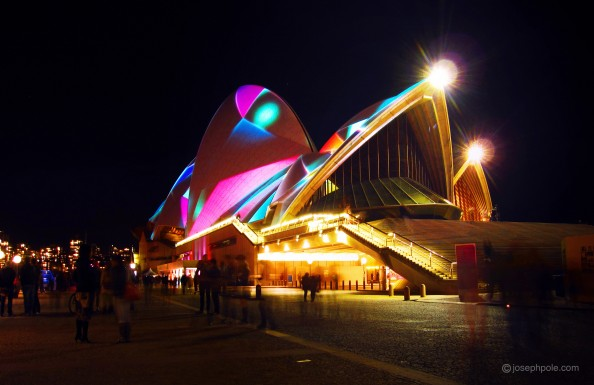 Sydney Vivid, illuminated sails sydney opera house, australia, night life, events, crashingred, lifestyle blog