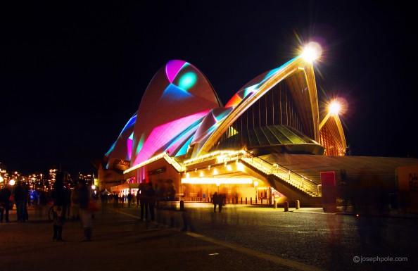 Sydney Vivid, illuminated sails sydney opera house, australia, night life, events, crashingred, lifestyle blog