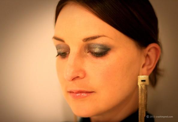 Jade eyeshadows makeup, gold and green, new season makeup trend, smokey eye, crashingred, sydney beauty blog
