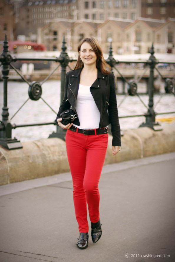 Styling red skinny jeans, rocker style, Witchery, colored denim, new trend, fashion blogger Australia