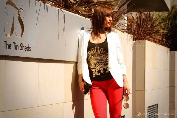White blazer, red jeans, styling white jacket, new season fashion, summer style, fashion blog Sydney
