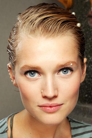 Chanel 2012 makeup 4