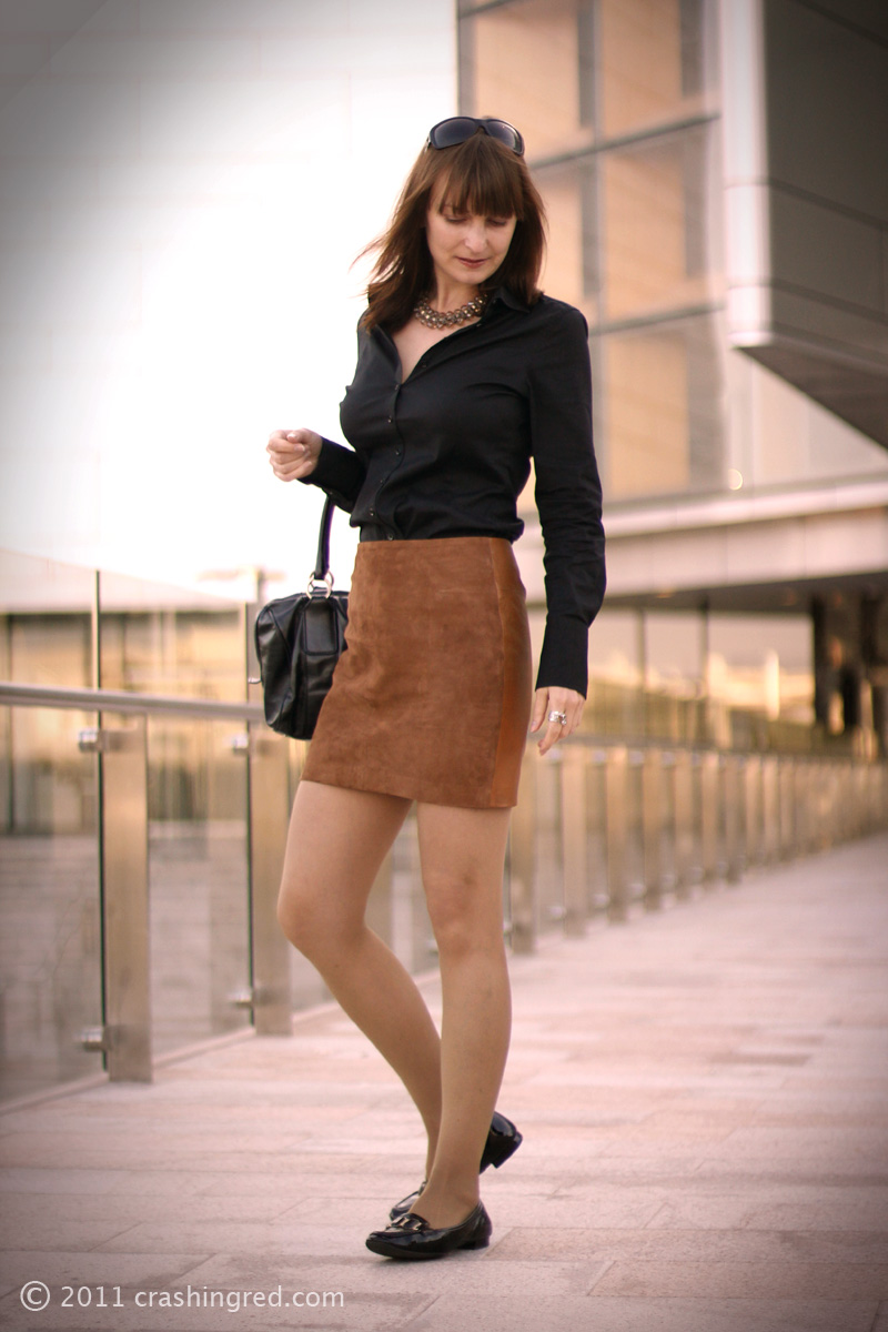 fashion blog, australia, business chic, how to wear suede mini skirt