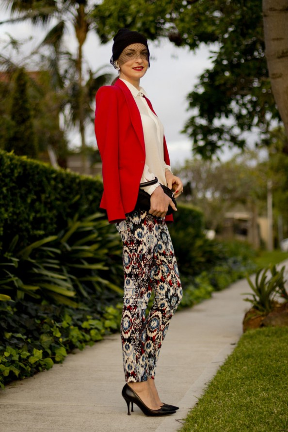 how to wear printed pants, chic elegant style, sydney blogger