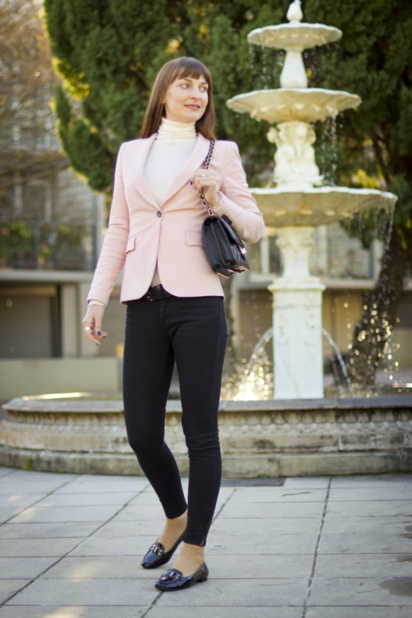 what to wear with pink jacket