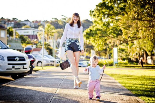 motherhood, stylish young mum, fashion blogger