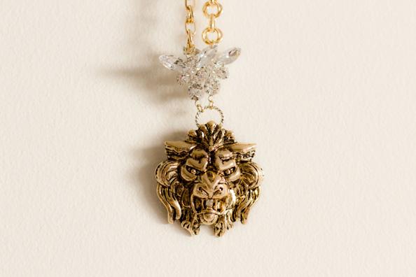 diva statement necklace, lion head