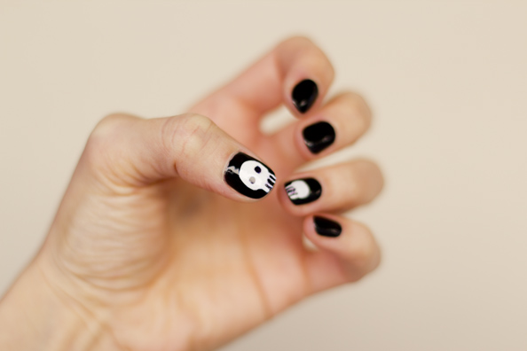 halloween nails 2012