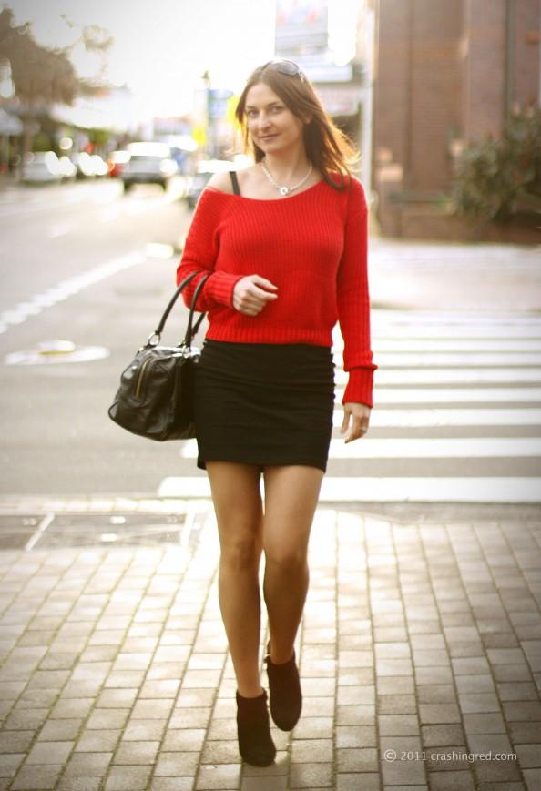 Marusya v, fashion blogger Sydney, red sweater, styling cropped top, summer 2011 new season fashion