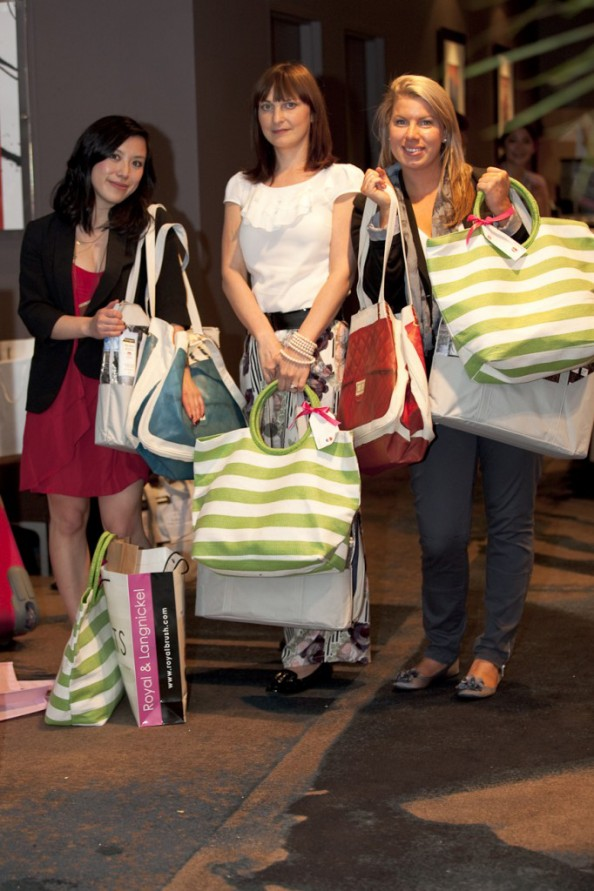 goodie bags, Jen from My Funny Valentine, Steph from Beauty Soiree and Marusya from CrashingRed ABBW2011