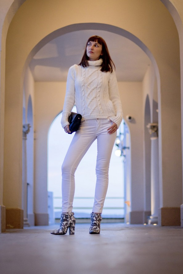Manly pavillion, Sydney, winter fashion trends, white on white, oversized chunky knit with high turtle neck, short bang, personal style blog