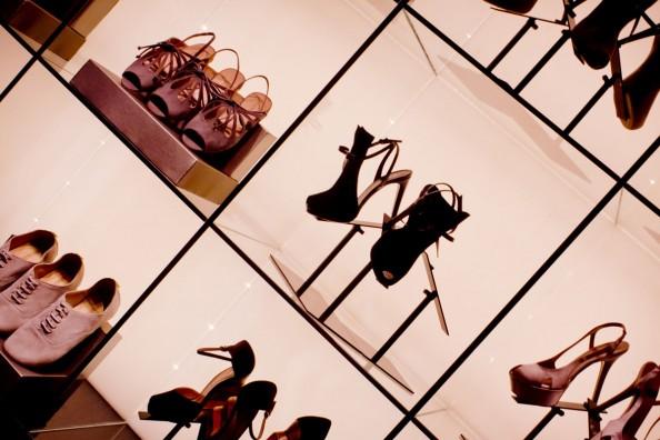 armani shoes, emporio armani sydney store