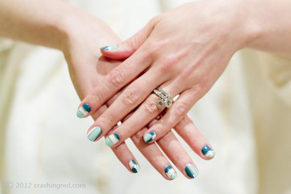 pretty nails in mint and silver, DIY nails, nail art tutorial