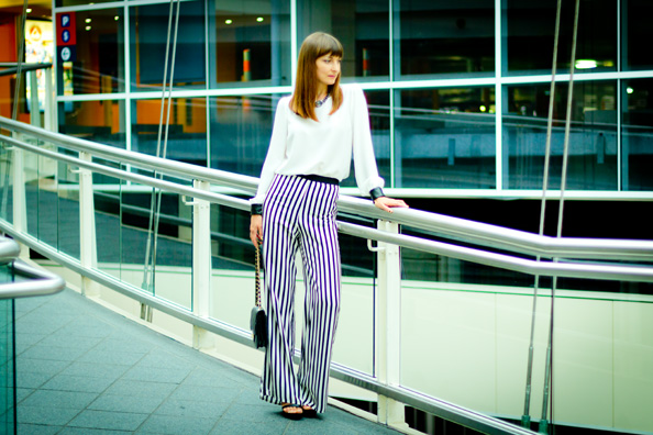 zara striped pants summer outfit