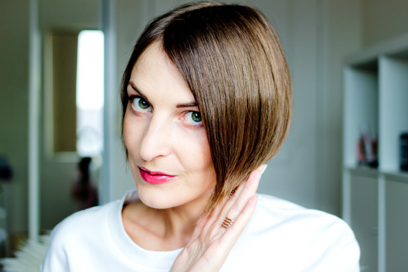 how to do perfectly straight short bob